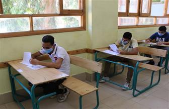 بدء امتحان العربي للثانوية العامة للمتضررين من كورونا والراسبين بالدور الأول