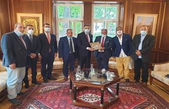 الجالية المصرية في النمسا تودع السفير عمر عامر لانتهاء فترة عمله بفيينا | صور