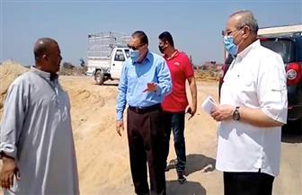 محافظ الشرقية يتفقد مشروع إنشاء شبكة الصرف الصحي بقرية في فاقوس| صور