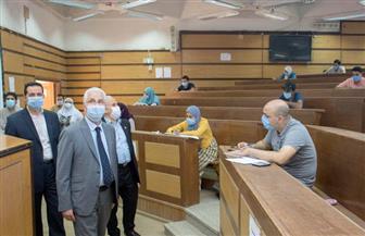 نائب رئيس جامعة طنطا يتفقد امتحانات الدراسات العليا بكليتي الزراعة والحقوق   صور