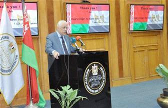 تفاصيل لقاء وزير التعليم بالطلاب أبناء شهداء القوات المسلحة والشرطة المسافرين إلى بيلاروسيا   صور