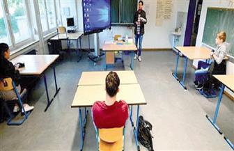 بسبب كورونا.. سنة دراسية من الجحيم في بريطانيا.. «أزمة درجات» في كل مستويات التعليم الثانوي
