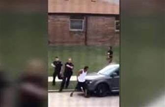 لحظة إطلاق الشرطة الأمريكية النار على رجل أسود|فيديو