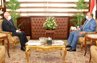 وزير التنمية المحلية يبحث مع محافظ بورسعيد مشروعات البنية التحتية ورفع كفاءة وتطوير الطرق