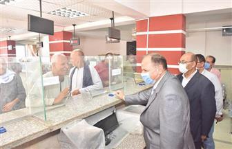 محافظ أسيوط يتابع سير العمل بالمركز التكنولوجي بمركز منفلوط وملف التقنين| صور