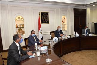 وزير الإسكان يترأس اجتماعا لمتابعة إجراءات مواجهة مخاطر الأمطار والسيول بموسم الشتاء