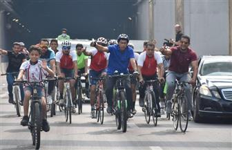 وزير الرياضة يقود ماراثون دراجات بمنطقة أنفاق بورسعيد الجديدة