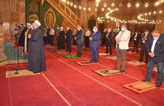 نقيب الأشراف يشيد بالتزام المصلين لصلاة الجمعة بالإجراءات الاحترازية