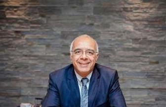 هشام الخشن يناقش «شلة ليبون» إلكترونيا الأربعاء