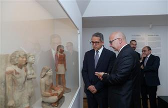 """وزير السياحة والآثار يتفقد معرض """"ملوك الشمس"""" بالمتحف القومي في """"براج""""   صور"""