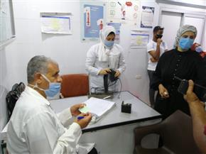 رئيس مدينة سفاجا تتفقد المستشفى المركزي للتأكد من تطبيق الإجراءات الاحترازية |صور