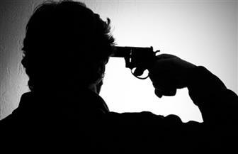 عامل يطلق النار على نفسه بسبب خلاف مع والده.. والنيابة تحقق في الواقعة
