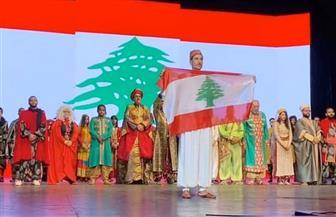 أحمد عز ونجوم علاء الدين يقفون مع الجمهور دقيقة حداداعلي شهداء بيروت | صور