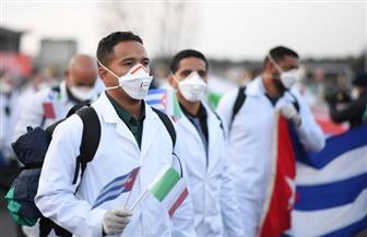 وصول الدفعة الثانية من الأطباء الكوبيين إلى الكويت للمساعدة في مواجهة كورونا