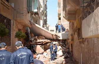 مصرع شخص وإصابة 3 آخرين في انهيار منزل بحي غرب المنصورة | صور