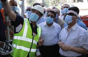 وزير النقل يتابع أعمال التدعيم الإنشائي للركن المتضرر بعمارة الشربتلي بالزمالك | صور