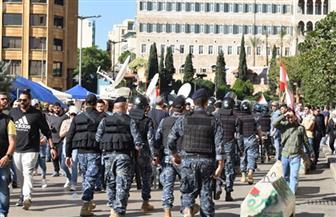 الأمن اللبنانى يطلق الغاز على متظاهرين يحاولون الوصول للبرلمان