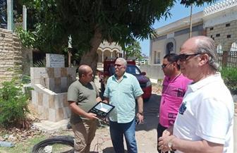 محافظ بورسعيد يوجه بتركيب كشافات ليد جديدة على مقابر بورسعيد القديمة| صور