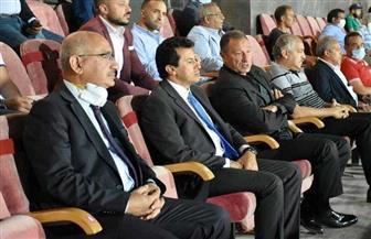 وزير الرياضة يشهد مباراة الأهلي وإنبي  صور