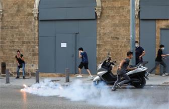 قوات الأمن تطلق الغاز المسيل للدموع على المتظاهرين وسط بيروت لمنعهم من دخول مجلس النواب