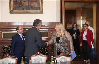 وزير السياحة والآثار يلتقي وزيرة التنمية الإقليمية بالتشيك | صور