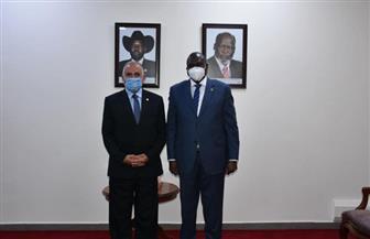 سيلفا كير ونائباه يستقبلون وزير الري ويعربون عن شكرهم لمساعدات مصر لجنوب السودان | صور