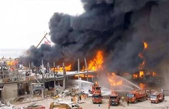 الدفاع المدني اللبناني يحاول السيطرة على حريق مرفأ بيروت   فيديو