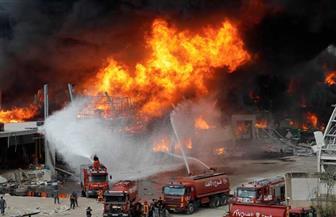 بعد شهر على الانفجار .. رجال الإطفاء يخمدون ما تبقى من حريق مرفأ بيروت
