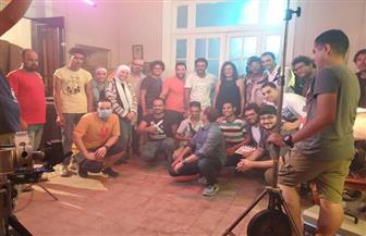 هبة عبدالغني تتصدر البوستر الرسمي لفيلم «لما كان البحر أزرق» | صور