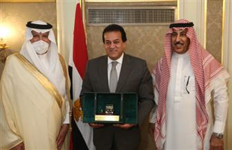 وزير التعليم العالي والبحث العلمى يستقبل السفير السعودي بالقاهرة  صور