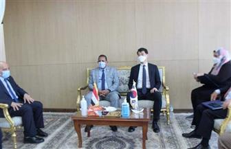 رئيس جامعة أسوان يستقبل السفير الكوري