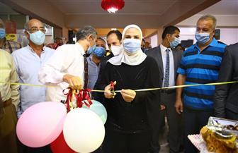 وزيرة التضامن الاجتماعي تتفقد معرض الأسر المنتجة برأس التين| صور