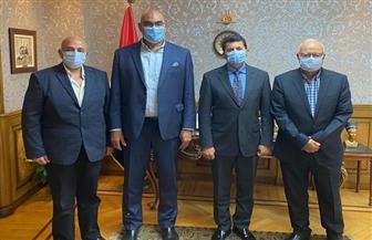 وزير الشباب والرياضة ينهي أزمات نادي بورسعيد بعد صعوده لمحترفي اليد