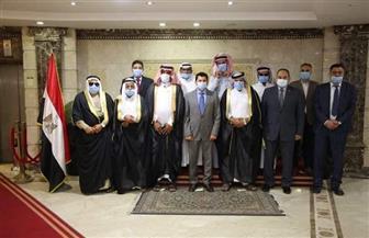 وزير الرياضة يبحث مع رئيس اتحاد الهجن سبل الارتقاء برياضة الهجن | صور