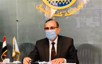 محافظ كفر الشيخ يشهد تسليم 10 عقود تقنين أراضي أملاك الدولة | صور