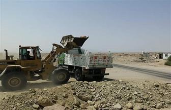 رفع 1400 طن مخلفات رتش المباني خلال عدة حملات على الطريق الدائري بالغردقة | صور