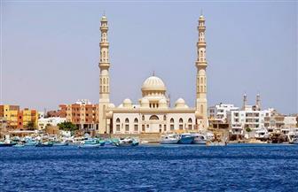 وزير الأوقاف يؤدي خطبة الجمعة بمسجد الميناء بالغردقة ويفتتح مسجد الأحياء