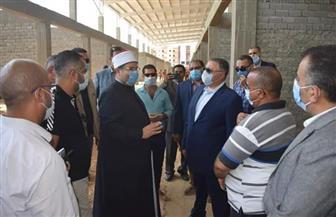 وزير الأوقاف يتفقد المرحلة الثانية من مدينة الحرفيين بالغردقة   صور