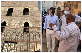 السفير الأمريكي يتفقد معصرة بكور للزيوت ومعبد خنوم الأثري بإسنا جنوب الأقصر صور