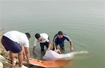 دفن جثتي شابين لقيا مصرعهما غرقًا في نهر النيل بالجيزة