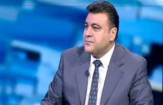 ياسر عبد العزيز: سن تشريعات لمواقع التواصل يسهل علي مصر ضبط المحتوى المحرض على العنف