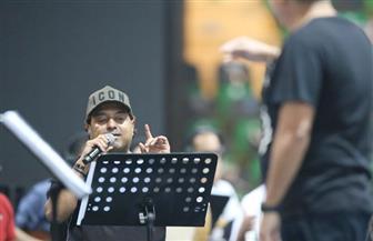 راشد الماجد وأصيل أبو بكر يستعدان لحفلات اليوم الوطني السعودي الـ 90 | صور