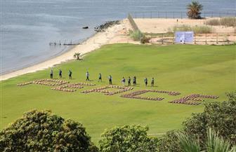 مصر تحقق رقما قياسيا جديدا بموسوعة جينيس بتصميم أكبر كلمة «سلام» على ضفاف قناة السويس