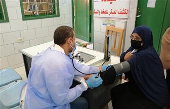 الكشف على 1400 مواطن في قافلة طبية شاملة  بقرية شطا| صور