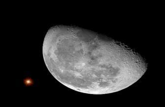 بعد انتظام ثلاثي سماوي .. القمر يندفع بعيدا عن المشتري اليوم|صورة