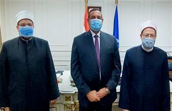 وصول وزير الأوقاف والمفتي إلى محافظة البحيرة لافتتاح مسجد بالدلنجات   صور