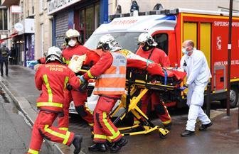 رئيس وزراء فرنسا: أربعة مصابين في هجوم بسكين بالقرب من مقر صحيفة شارلي إبدو