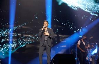 محمد حماقي يوجه رسالة شكر لتركي آل الشيخ خلال حفله في جدة | صور