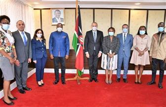 السفير المصري في نيروبي يلتقي وزير الصحة الكيني | صور