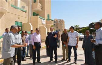 جولة تفقدية للدكتور محمد محجوب عزوز بعد توليه منصب رئيس جامعة الأقصر|صور